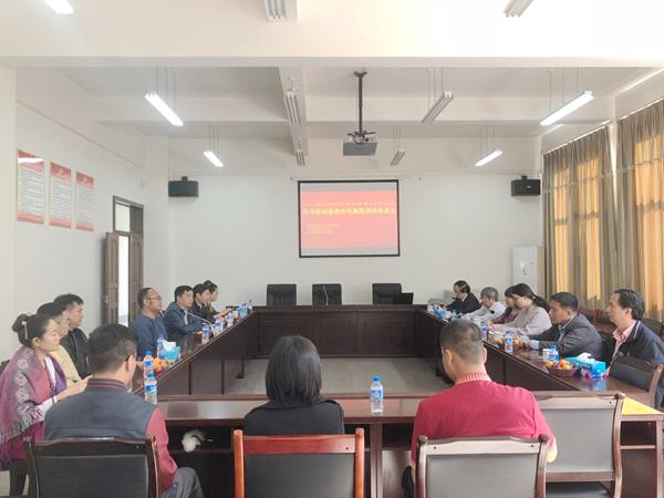 民族学所所长郑晓云一行陪同越南国家文化艺术研究院代表团赴西双版纳州调研
